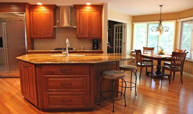 Island Dreams: Maximize Your Central Kitchen « Northwest Quarterly