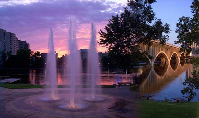 (Rockford Area Convention and Visitors Bureau photos)
