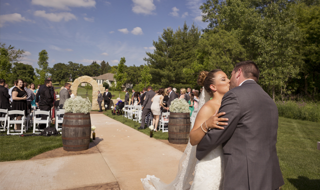 DC Estate Winery Wedding by Peer Canvas Rockford Photographer
