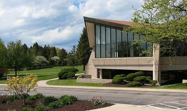 Rockford University, Rockford